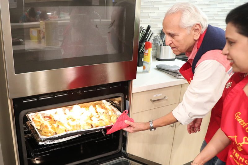 The Asian Indian Community of Peoria sponsored the family dining room at the Peoria Ronald McDonald House, and they came back to support the House on February 16 as guest chefs, making a delicious meal for families.