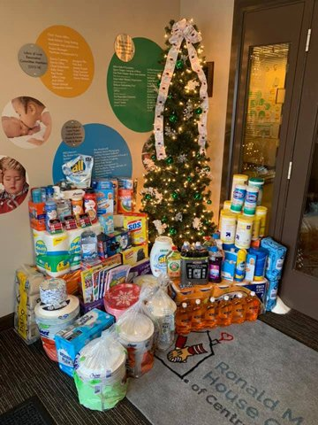 As part of our Home for the Holidays campaign, members of our Springfield Teen Council collected both items from our wish list and monetary donations.