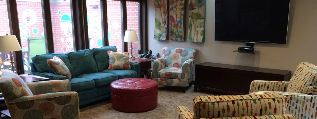 Stay With Us at the Ronald McDonald House in Springfield, Illinois! Simply check our requirements and fill out our application, and we'll get back to you.